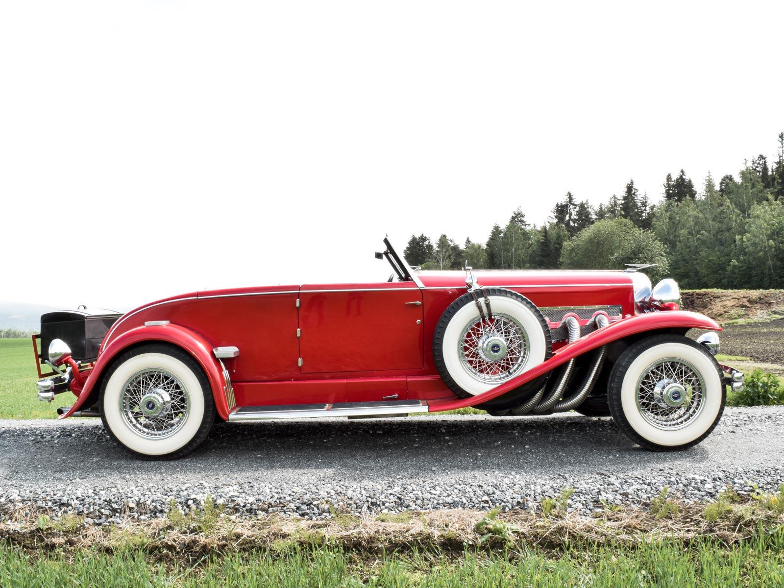 Dusenberg 1932 modell. Se vårt utvalg av biler.