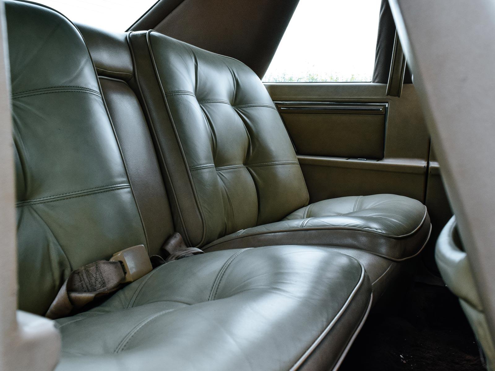 Interiør Chrysler Coupe 1988 modell.