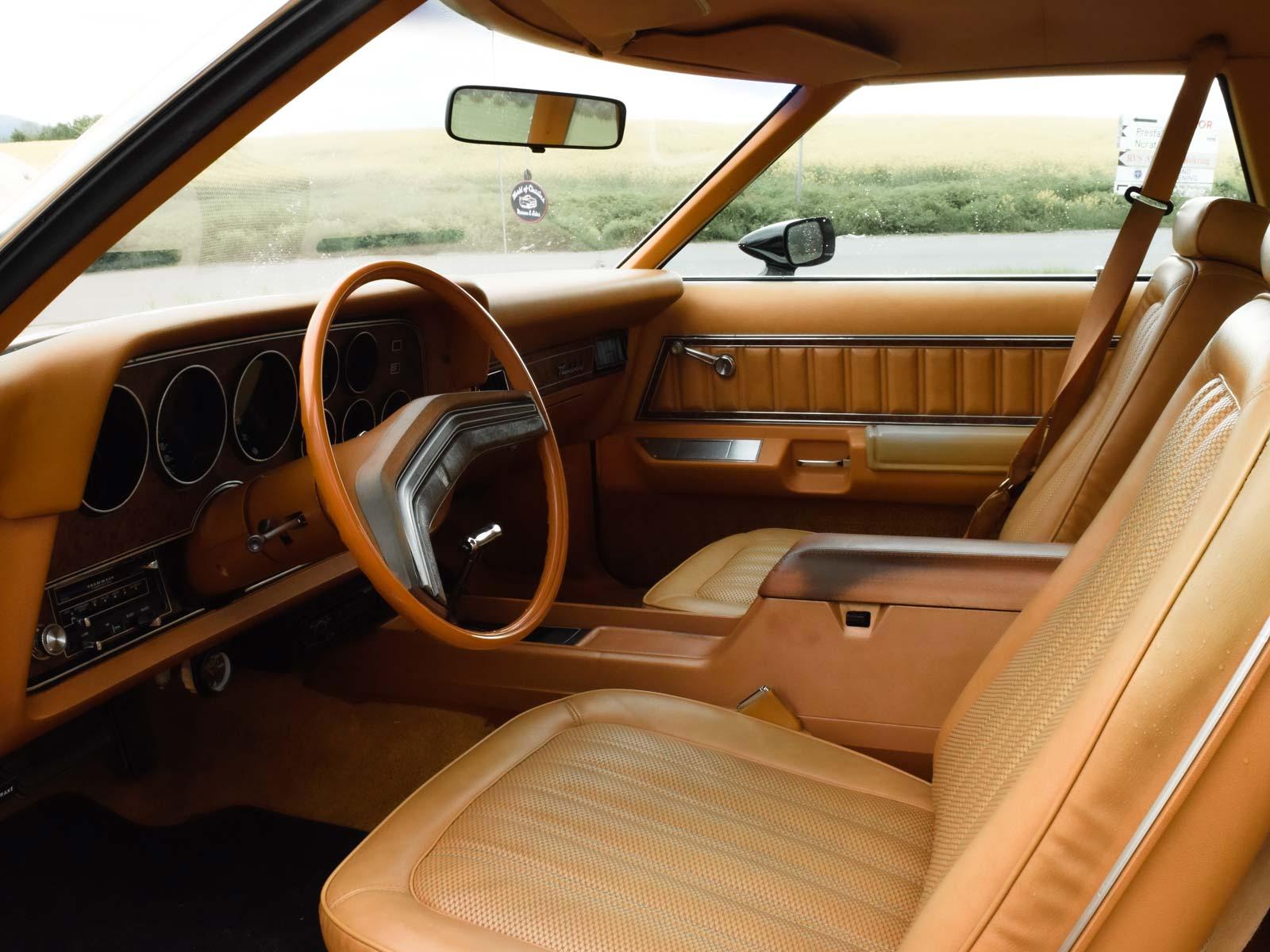 Interiør Ford Thunderbird 1978 modell.