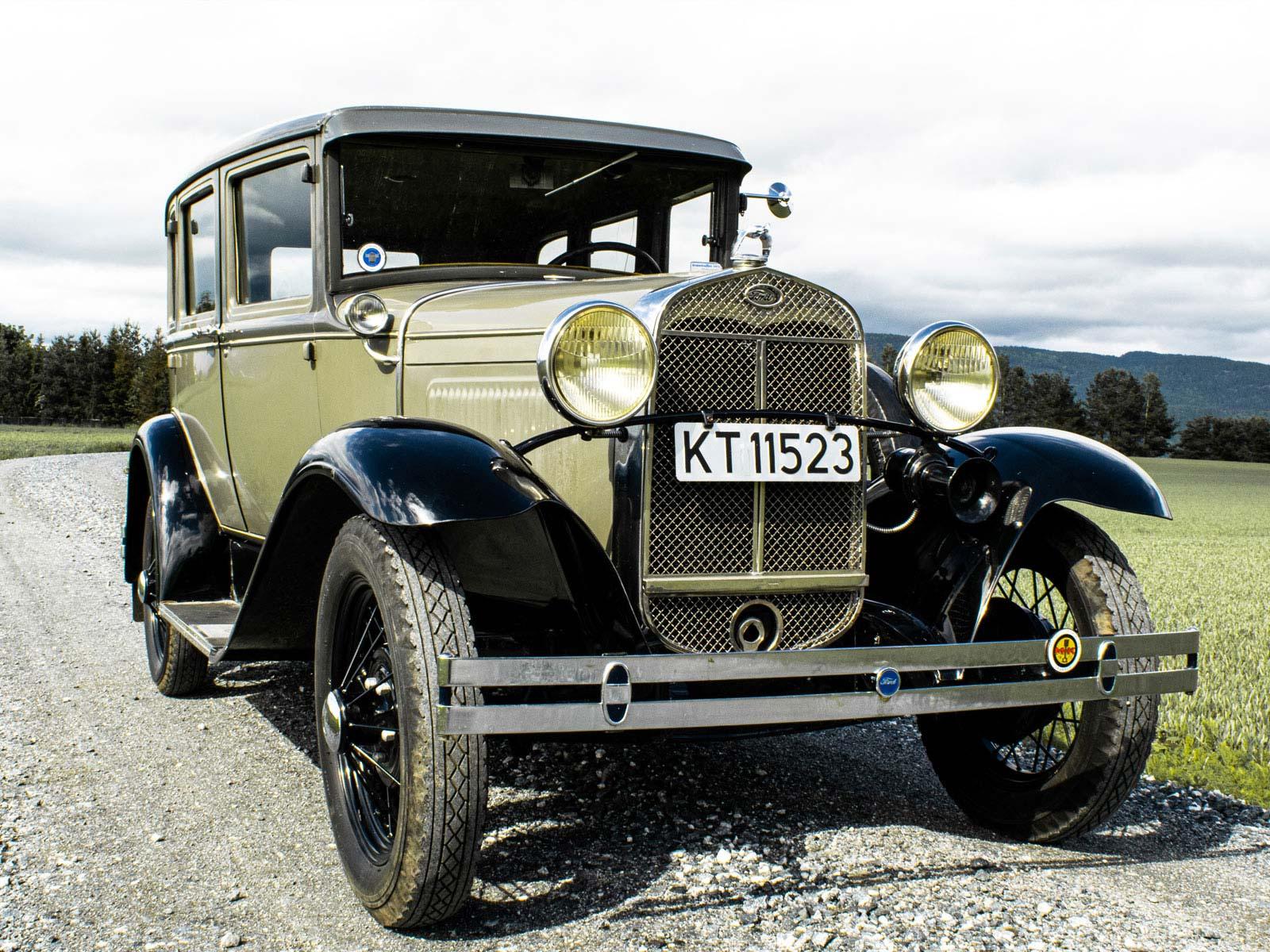 Ford A Town Sedan 1930 modell.