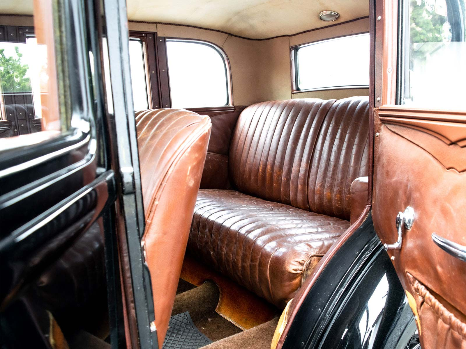 Interiør Ford B Sedan 1932 modell.