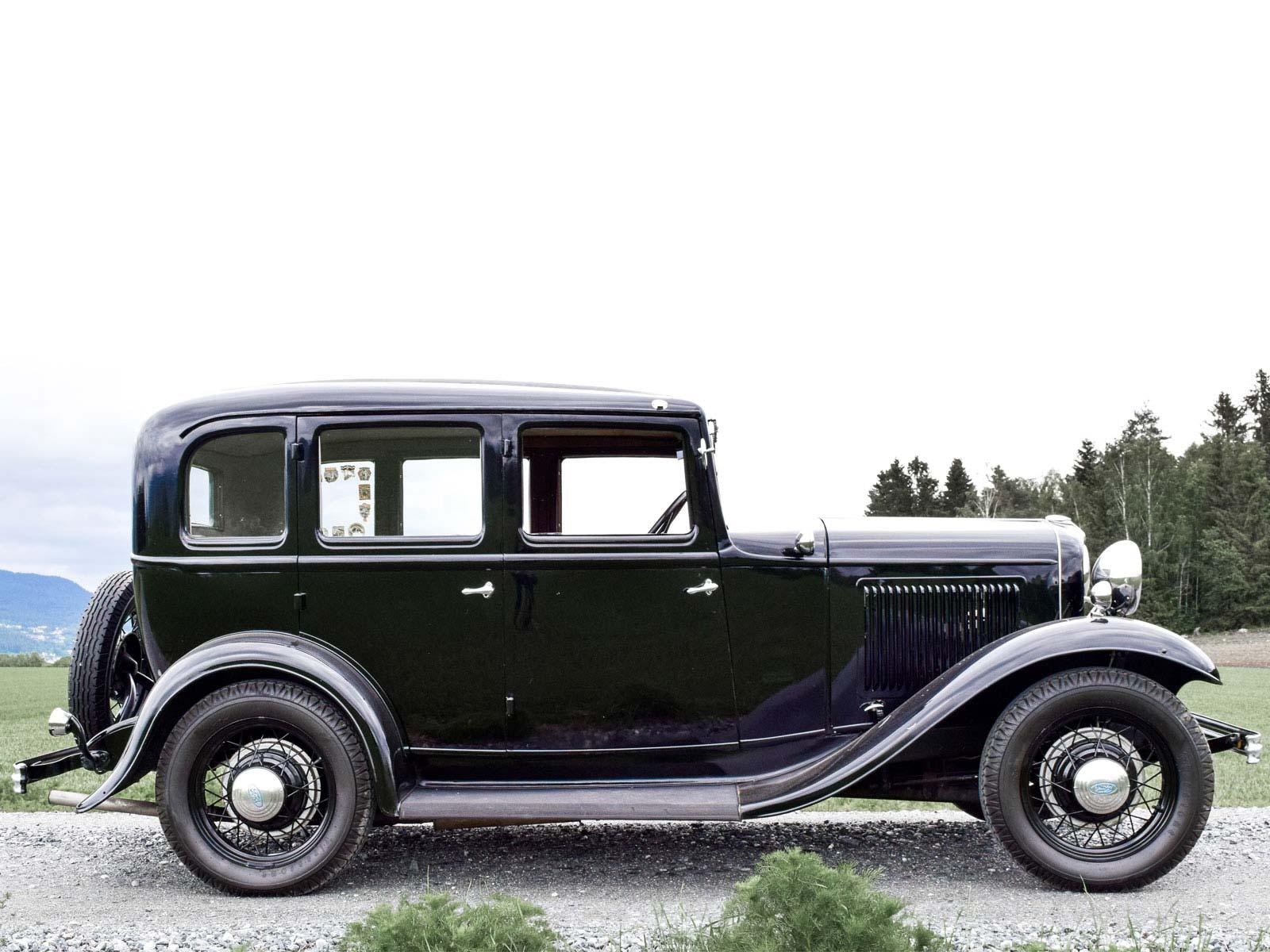 Ford B Sedan 1932 modell. Se vårt utvalg av biler.