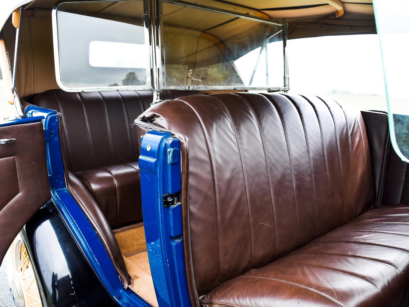 Interiør Ford B V8 Phaeton 1932 modell.