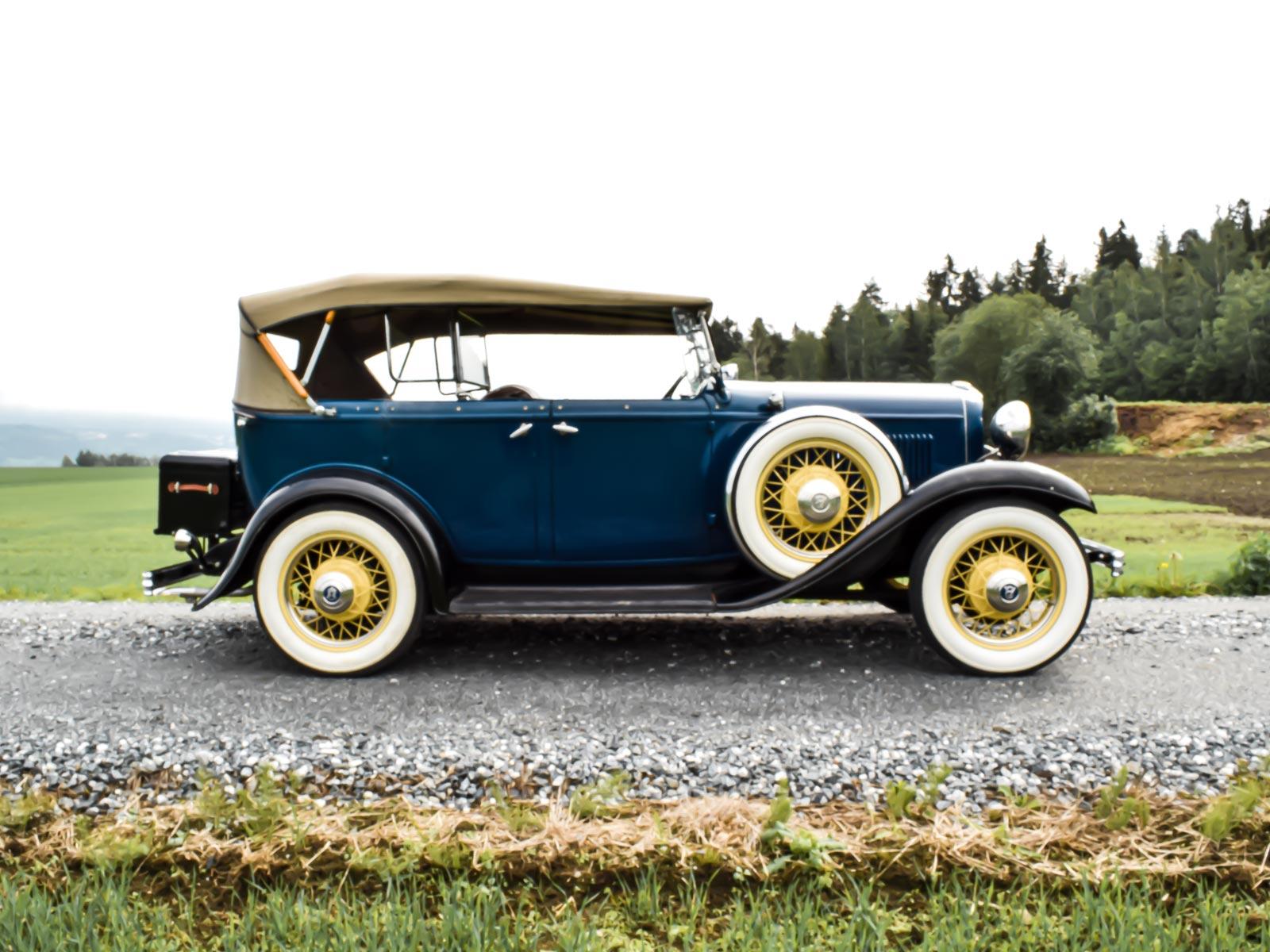 Ford B V8 Phaeton 1932 modell. Se vårt utvalg av biler.