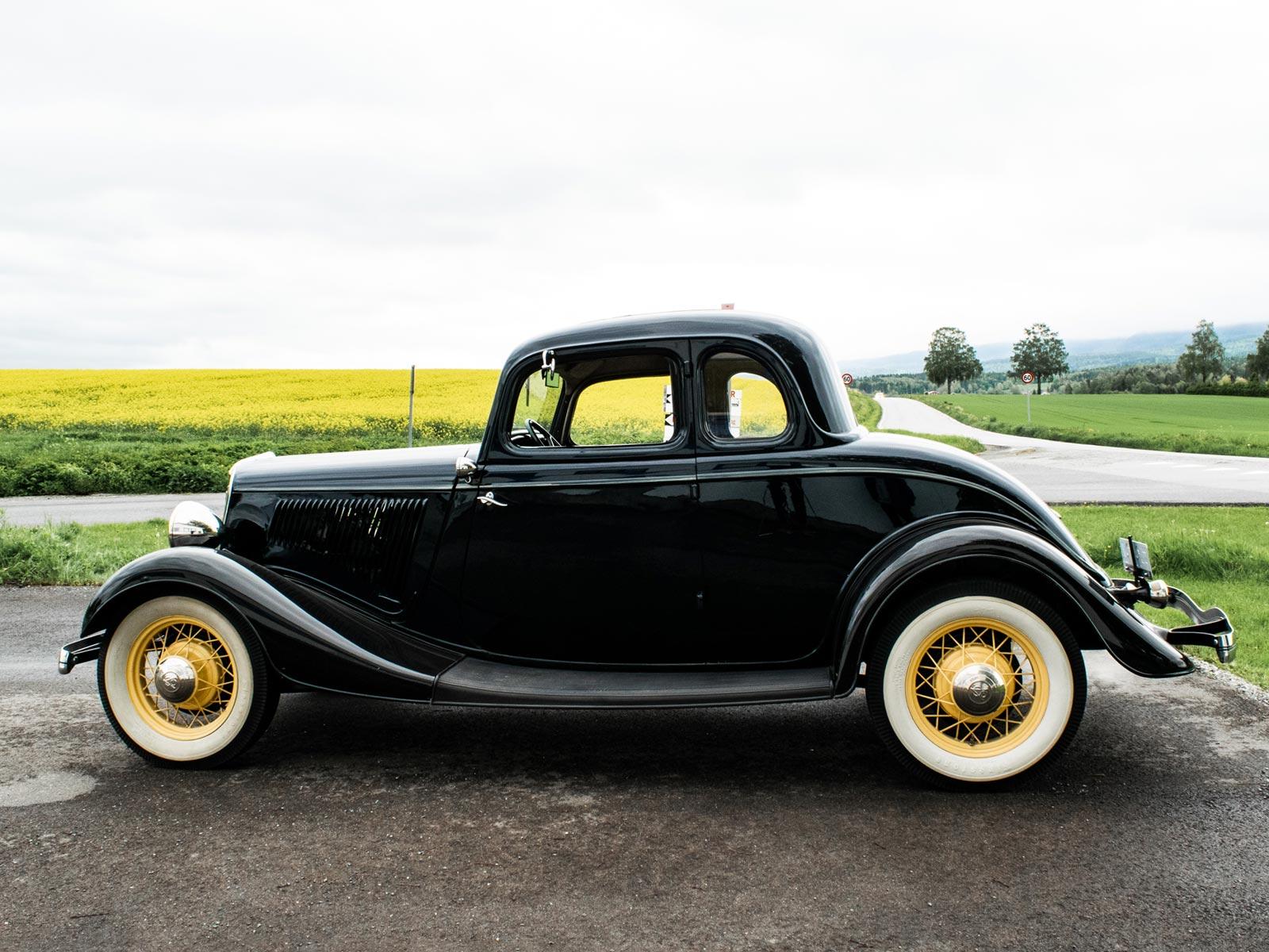 Ford B V8 Coupe 1934 modell. Se vårt utvalg av biler